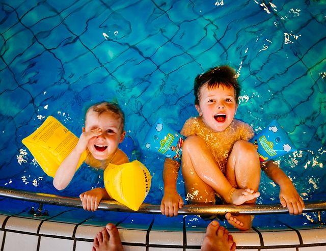 Baseny i pływalnie dla dzieci w Warszawie
